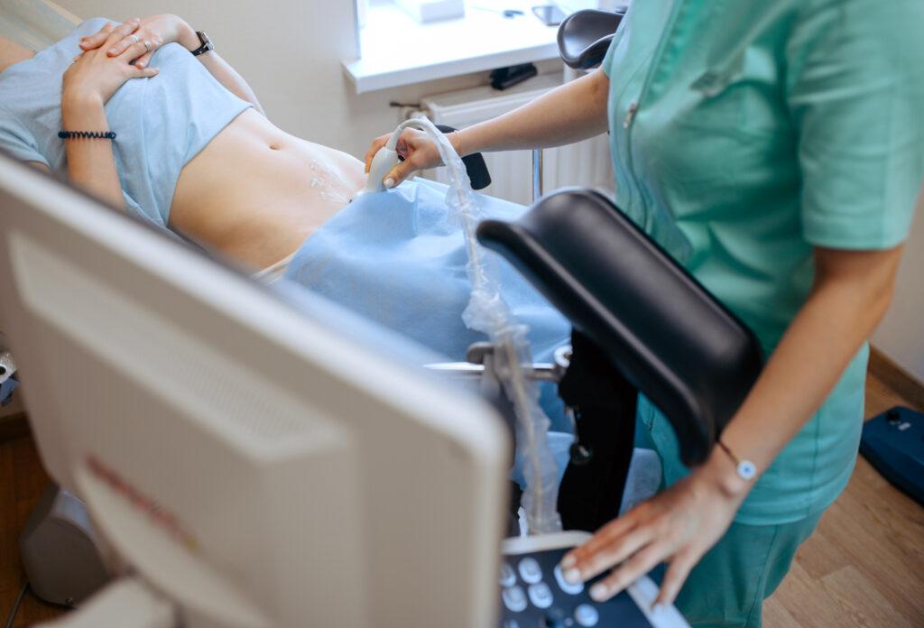 Снимка от гинекологичен кабинет- прекъсване на нежелана бременност